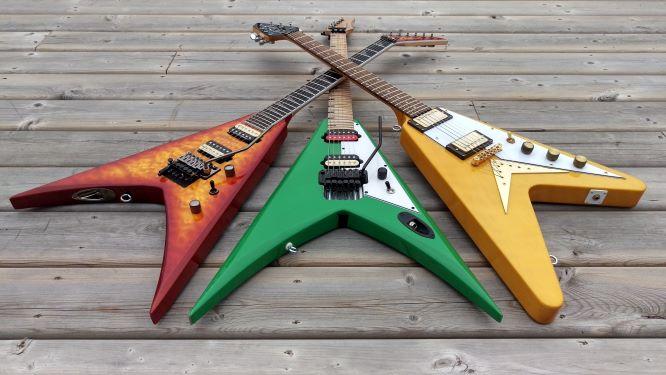 Trois types de guitares electriques