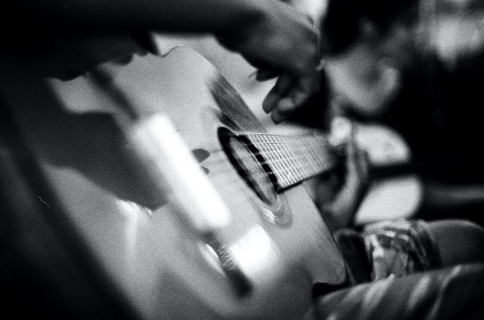 Quel genre entre guitare acoustique et classique